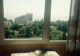 Снять квартиру в Партените  - Крым Партенит  Аренда квартира посуточно    С видом на море и Медведь-гору